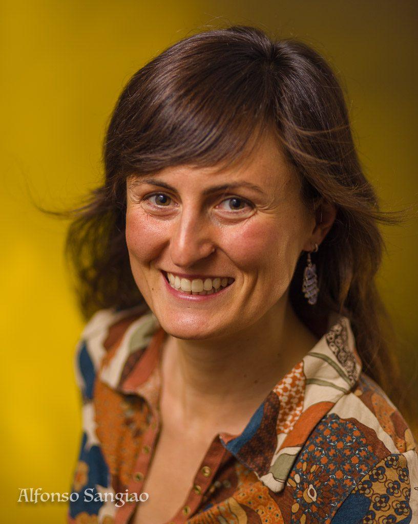 foto de perfil para curriculum linkedin y Facebook